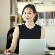 phu-nu-kinh-doanh-online